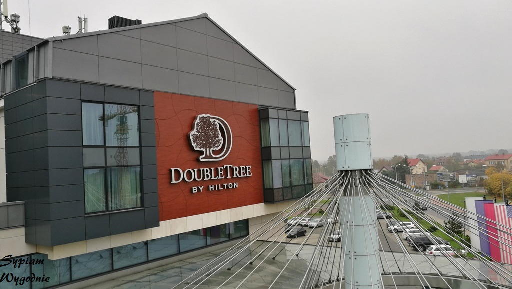 DoubleTree by Hilton Warsaw - fasada
