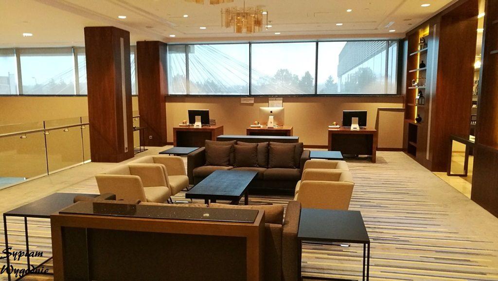 DoubleTree by Hilton Warsaw - lobby