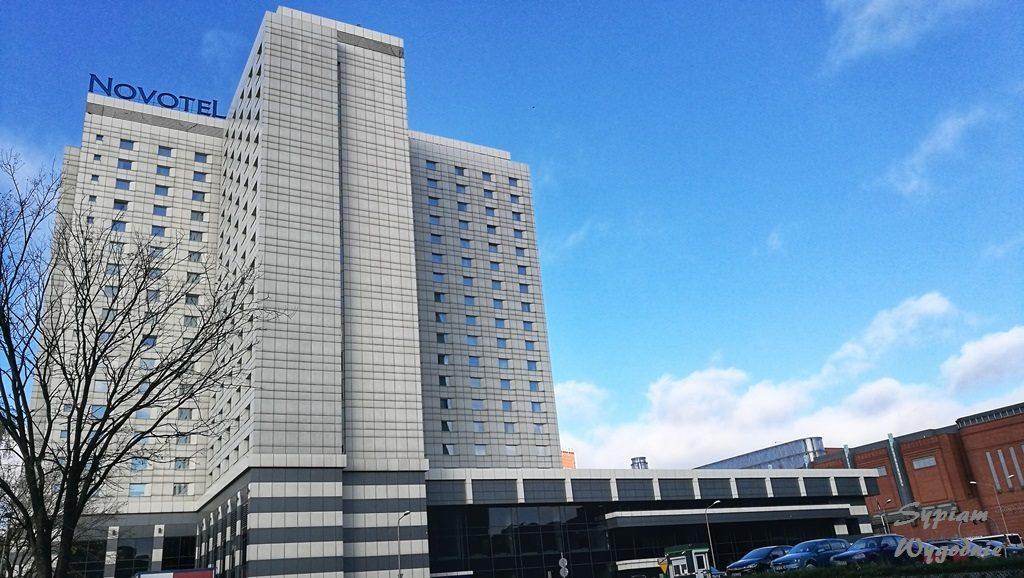 Novotel Poznań Centrum - budynek