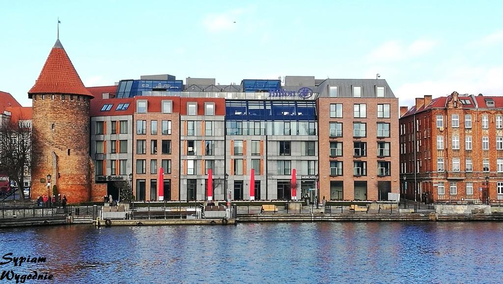 Hilton Gdańsk - fasada