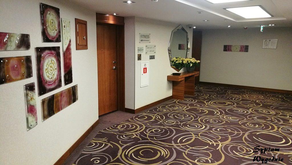 Hilton Gdańsk - kabina prysznicowa
