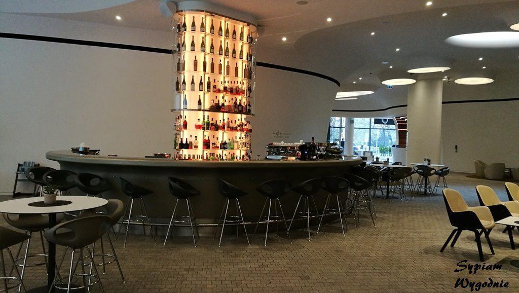 DoubleTree by Hilton Wrocław - bar