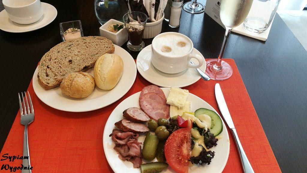DoubleTree by Hilton Łódź - śniadanie