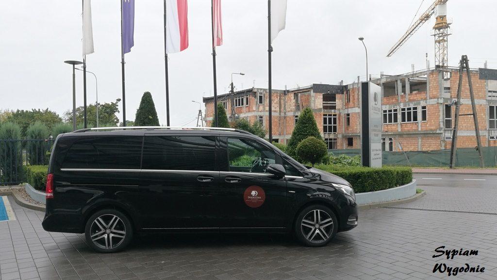 DoubleTree by Hilton Warsaw - bus