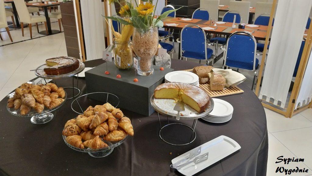 Hilton Garden Inn Milan Malpensa - śniadanie