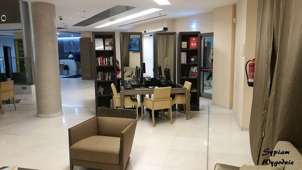 DoubleTree by Hilton Olbia - lobby