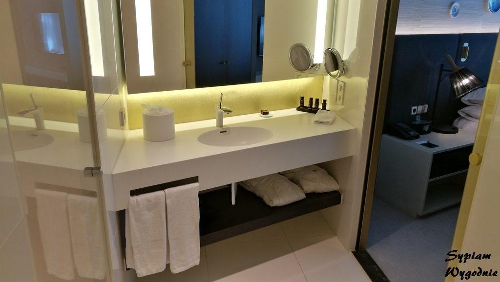 Hilton Amsterdam Airport Schiphol - łazienka