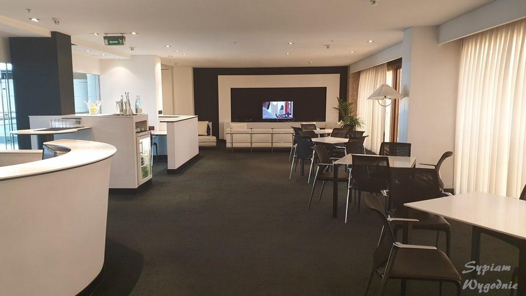 Hilton Madrid Airport - executive lounge - wnętrze