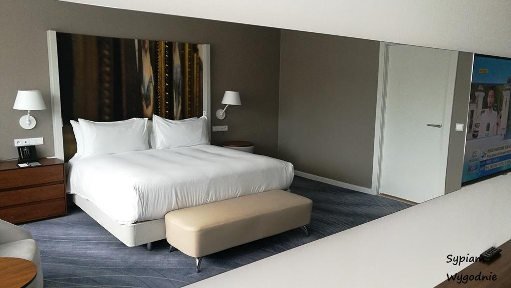 DoubleTree by Hilton Wrocław - apartament prezydencki - sypialnia