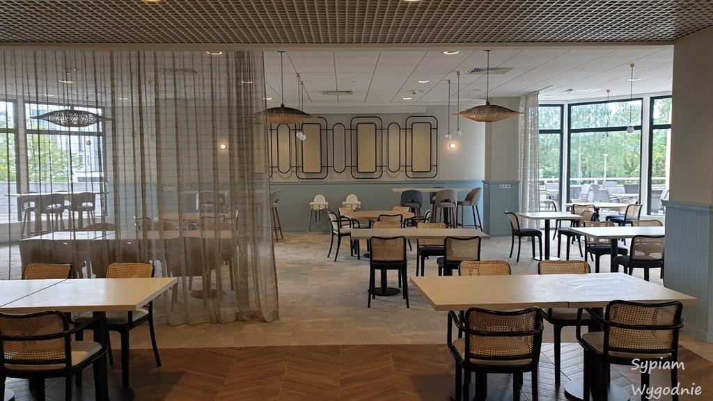 sala śniadań w Novotel Gdańsk Marina