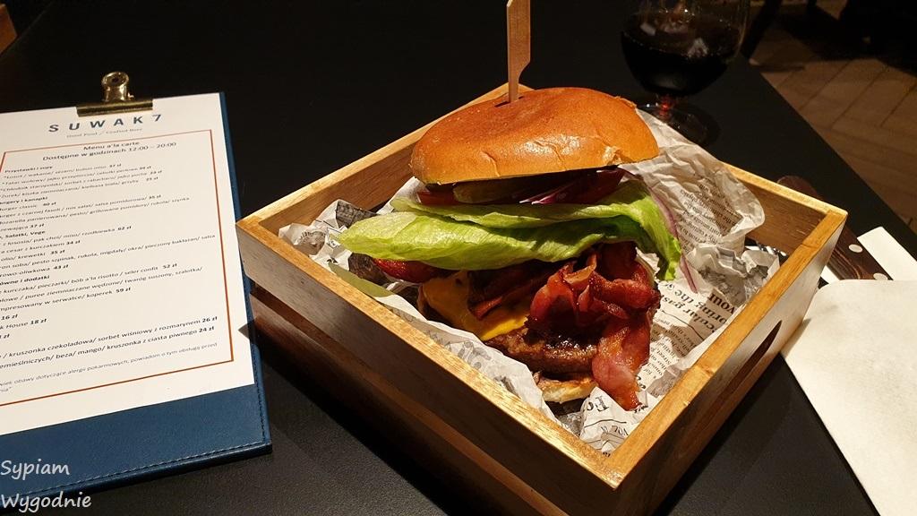 burger w Four Points by Sheraton Warszawa